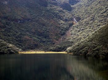 Laguna Negra (Por Milton Blanquin)